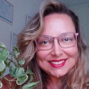 Imagem de perfil Estela Bomfim
