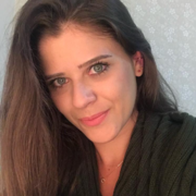 Imagem de perfil Cintia Toffoli