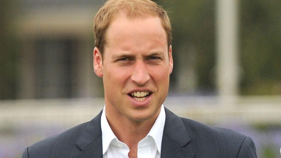 Príncipe William critica silêncio em relação ao suicídio