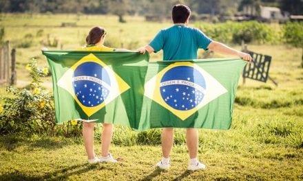 Morar fora do Brasil não é fácil. Terapia online pode fazer diferença