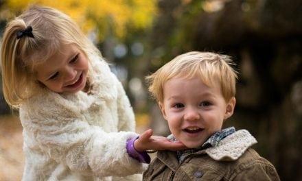 Crianças rodeada de mimos se desenvolvem menos