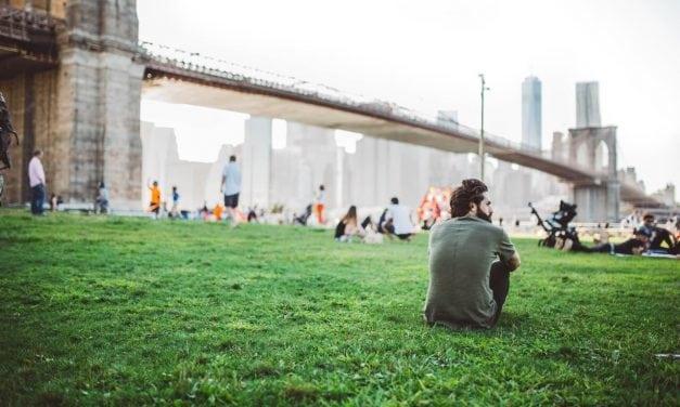 10 dicas para se sentir menos sozinho morando fora do país