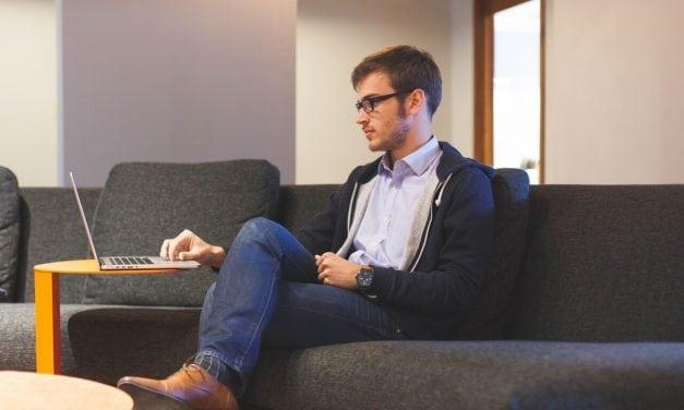 Com consultas e psicólogos online, cuidar da saúde mental fica mais fácil