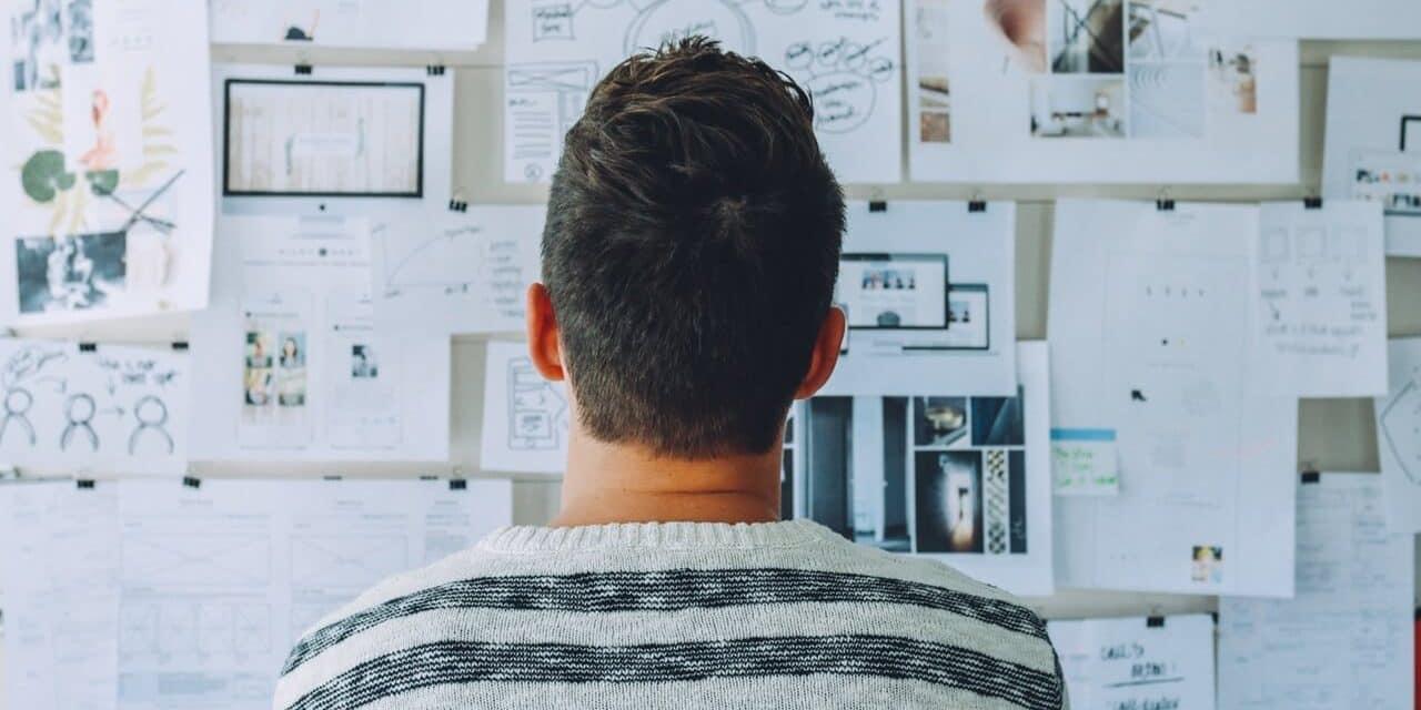 Por que os 30 anos nos fazem questionar nossas escolhas profissionais?
