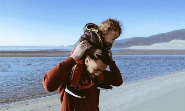 Por que os homens não falam sobre paternidade?