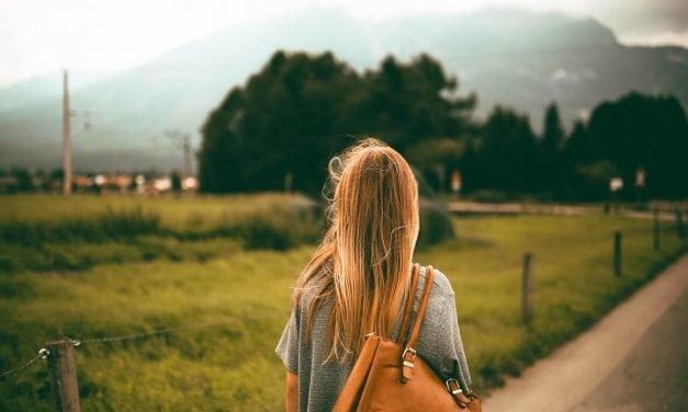 """""""É preciso escutar o próprio corpo"""", diz psicóloga sobre autoestima feminina"""