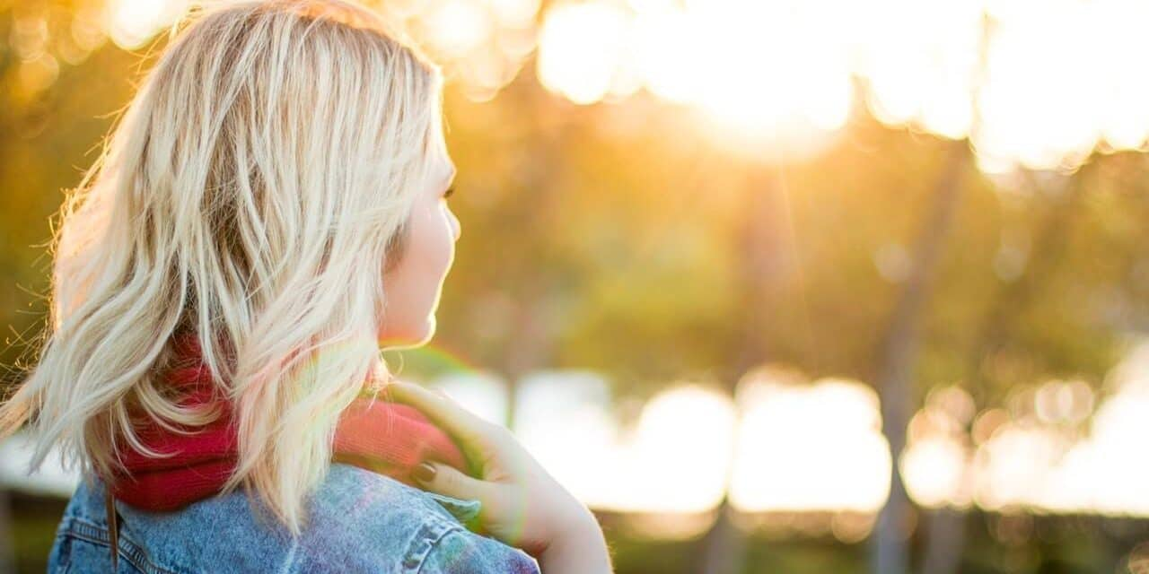 O que define a autoestima (e como saber se a sua está em um nível saudável)
