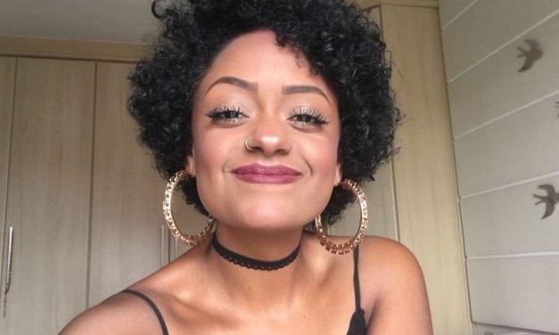 """Transição capilar: """"Me conheci como mulher negra"""" (entrevista)"""