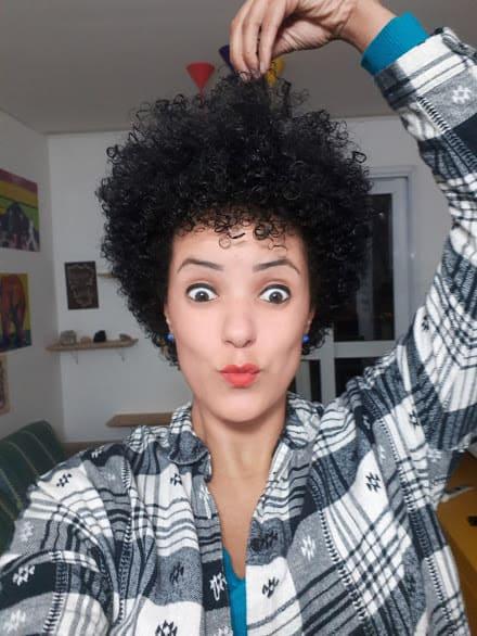 mulher negra feminista